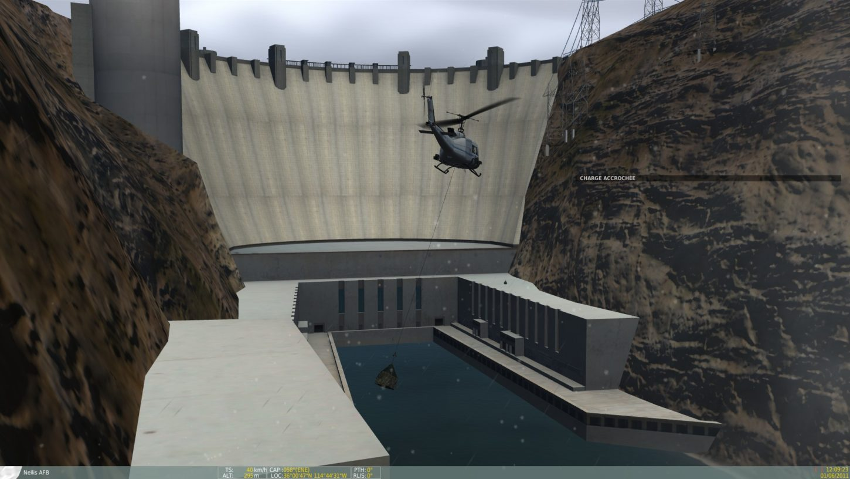 вид снизу на плотину Гувера фотография