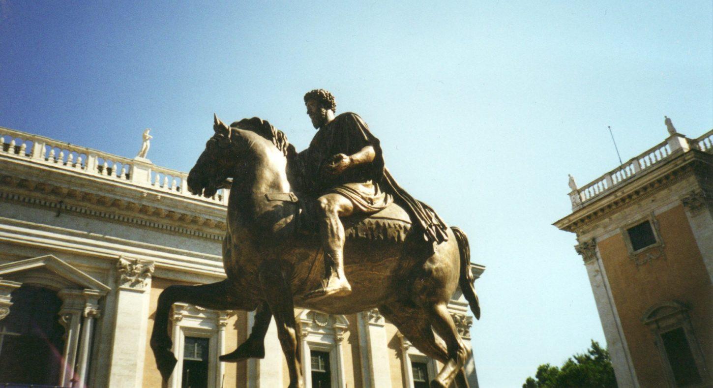 фото оригинала римской статуи Марка Аврелия