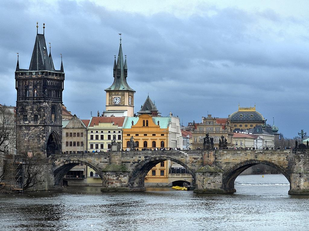 фото Карлова моста в Праге