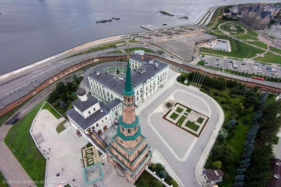 башня Сююмбике вид сверху фото