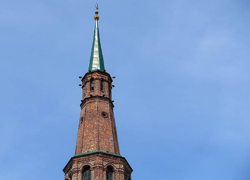 шпиль башни Сююмбике фотография