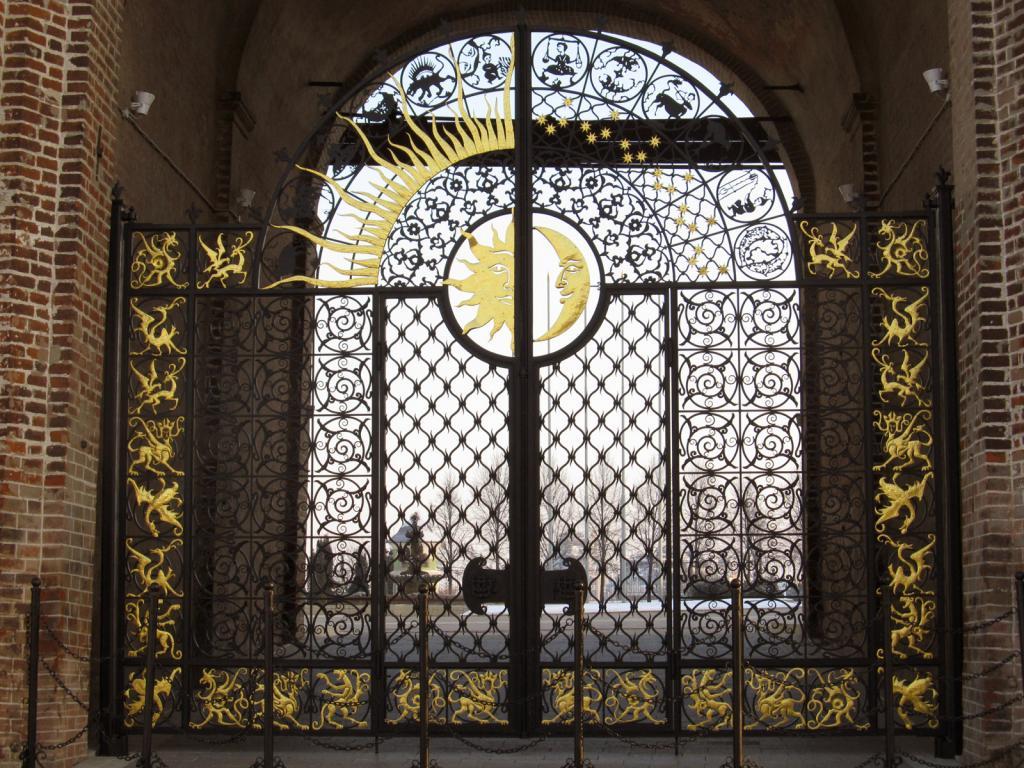 фото ворот в башне Сююмбике
