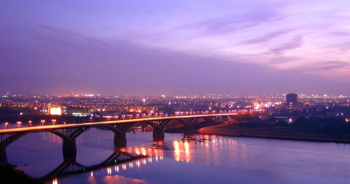 вид сверху на Мызинский мост фотография
