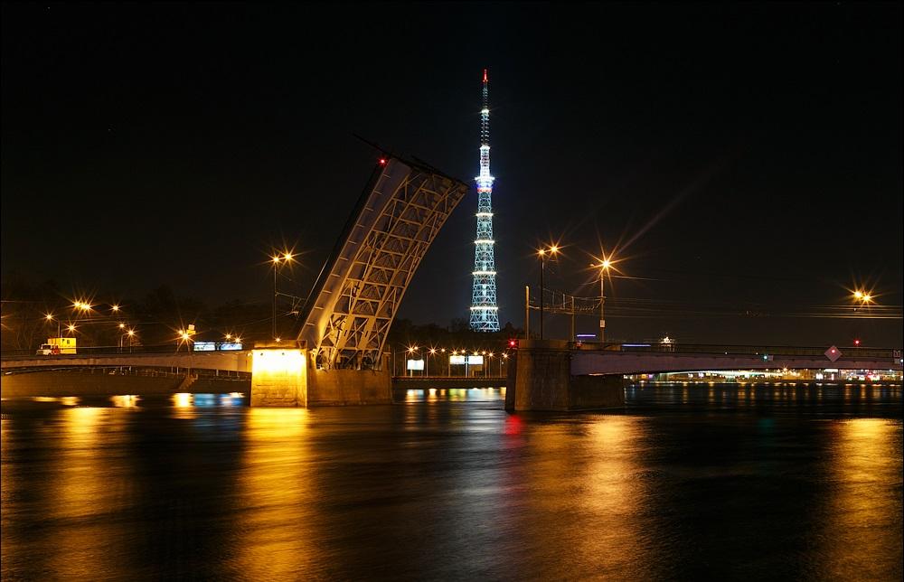 развод Кантемировского моста фотография