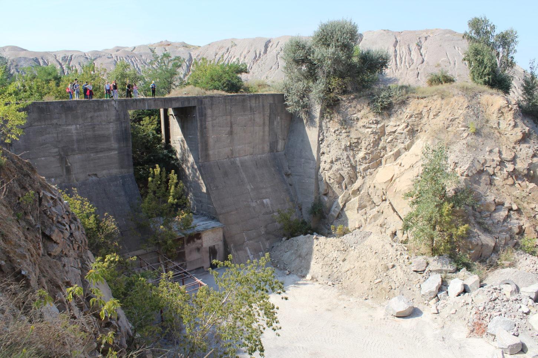 Асуанская плотина в Запорожье фото прототипа