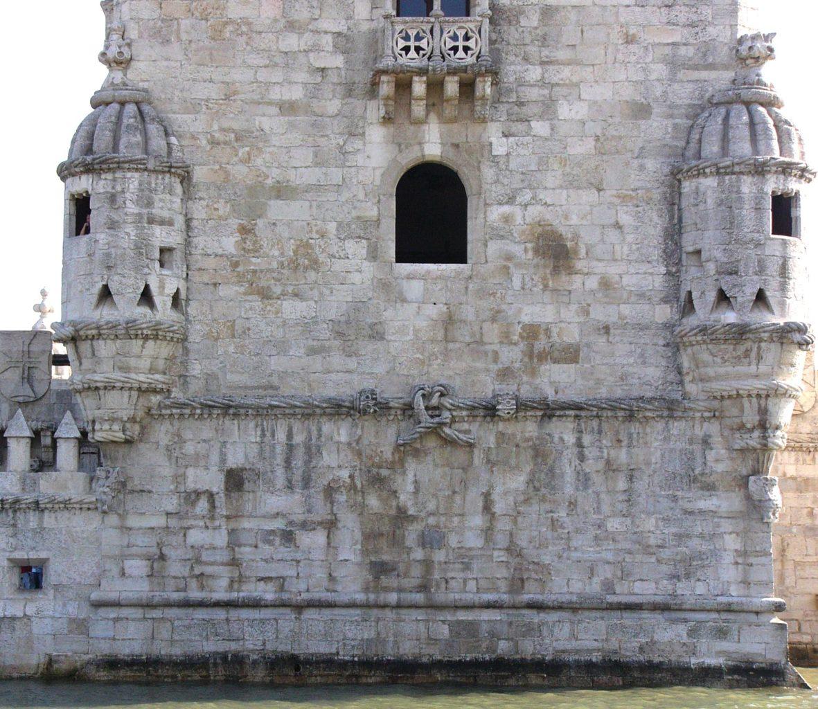 фото стен Беленской башни в Лиссабоне