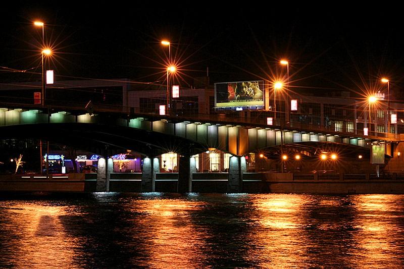 фото Кантемировского моста ночью