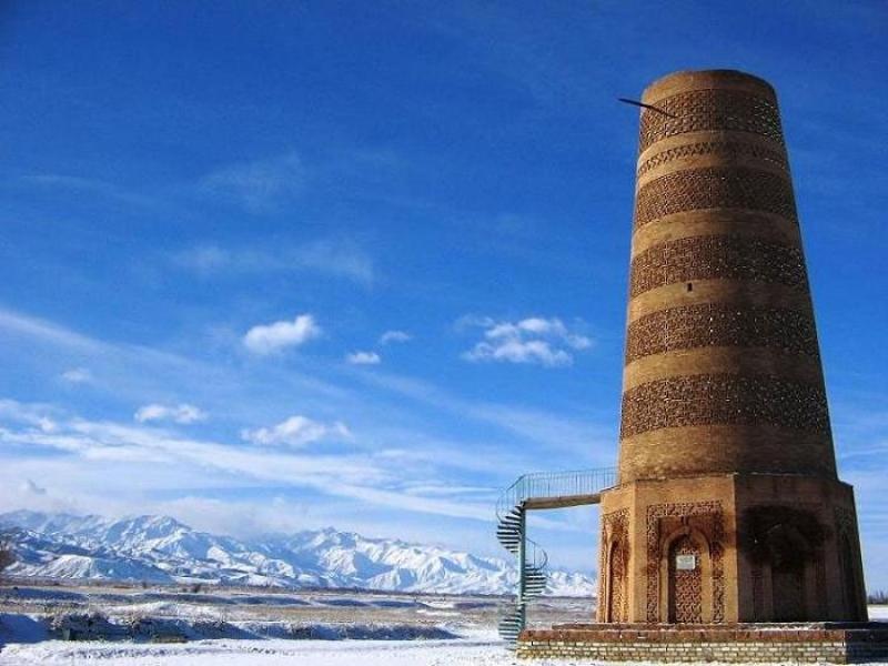 башня Бурана в Кыргызстане фотография