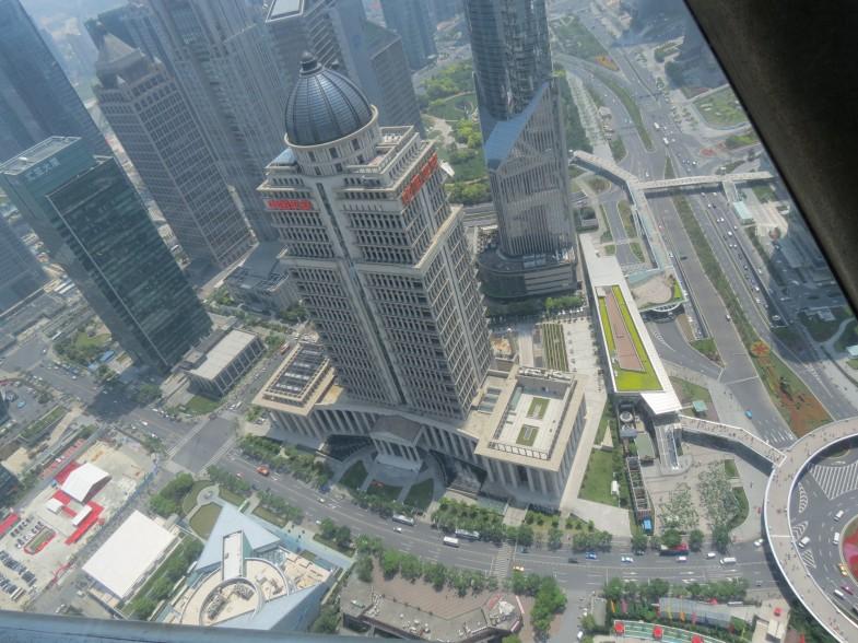 вид внутри Шанхайской башни фото
