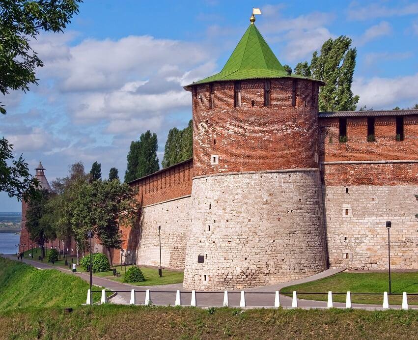 фото Коромысловой башни в Нижнем Новгороде