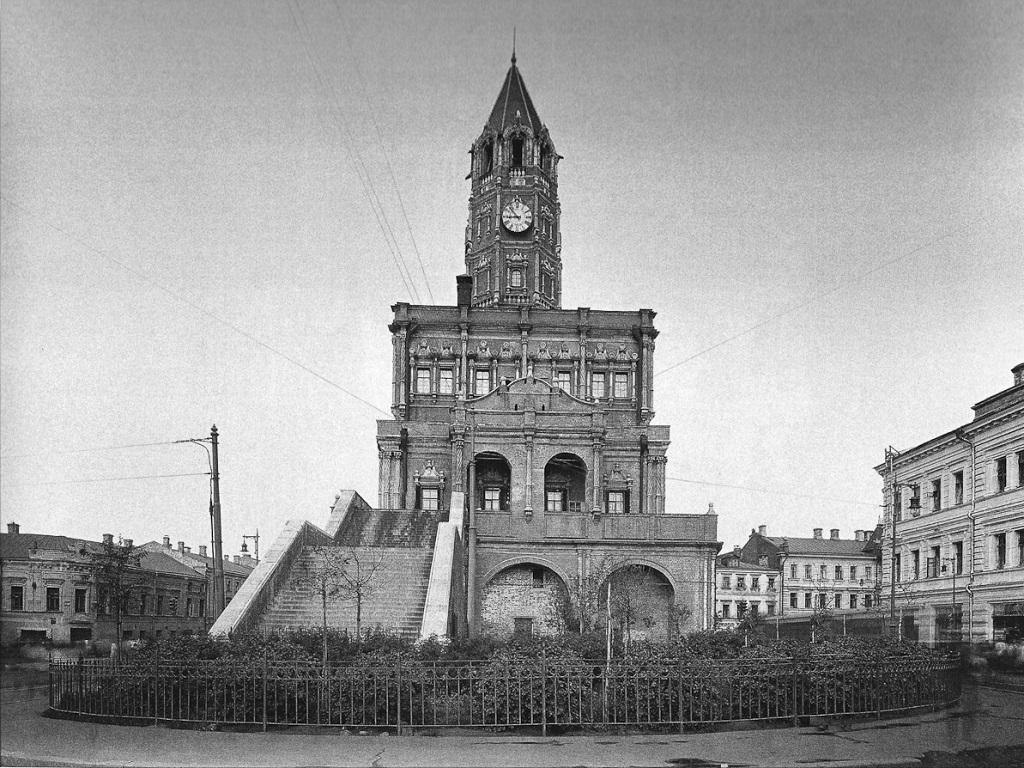 фото Сухаревой башни в Москве
