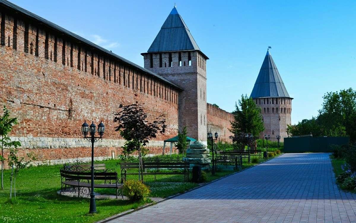 фото смоленской крепостной стены