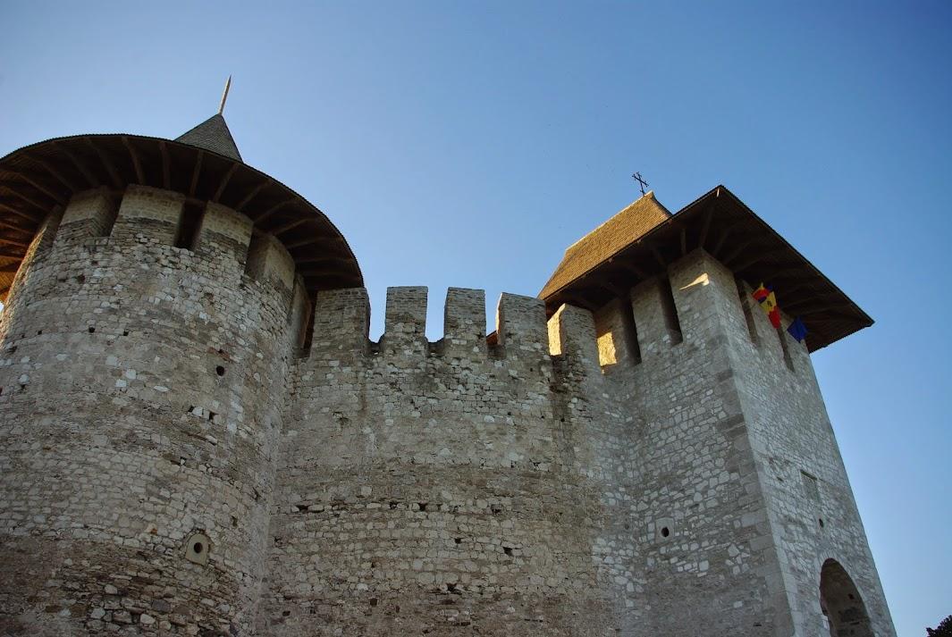 крепость Сорока в Молдавии вид снизу фото