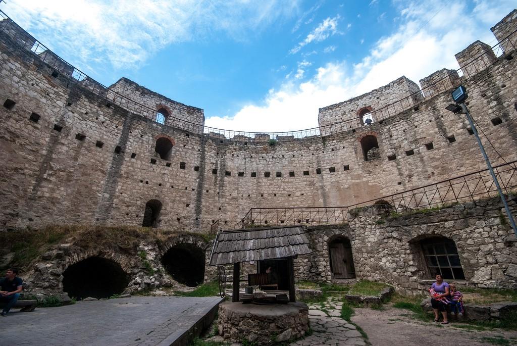 Сорокская крепость внутри фотография