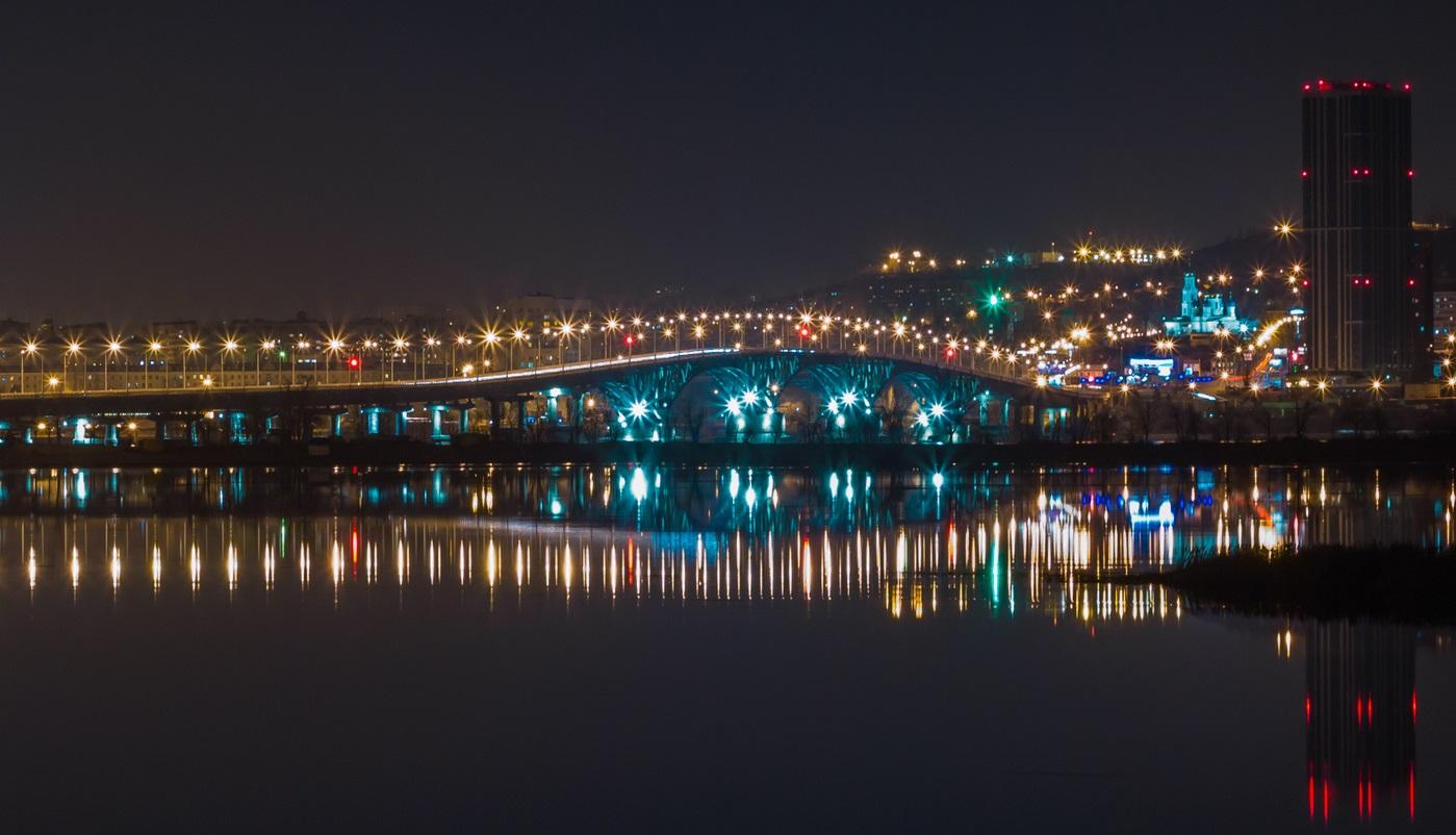 фото Саратовского моста ночью