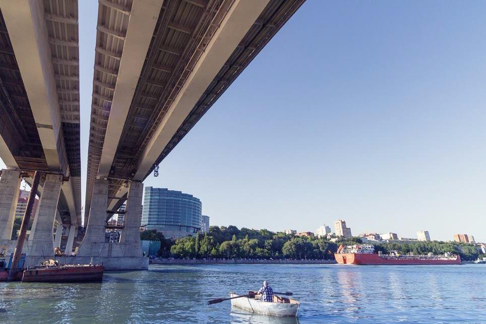 фото движения под Ворошиловским мостом