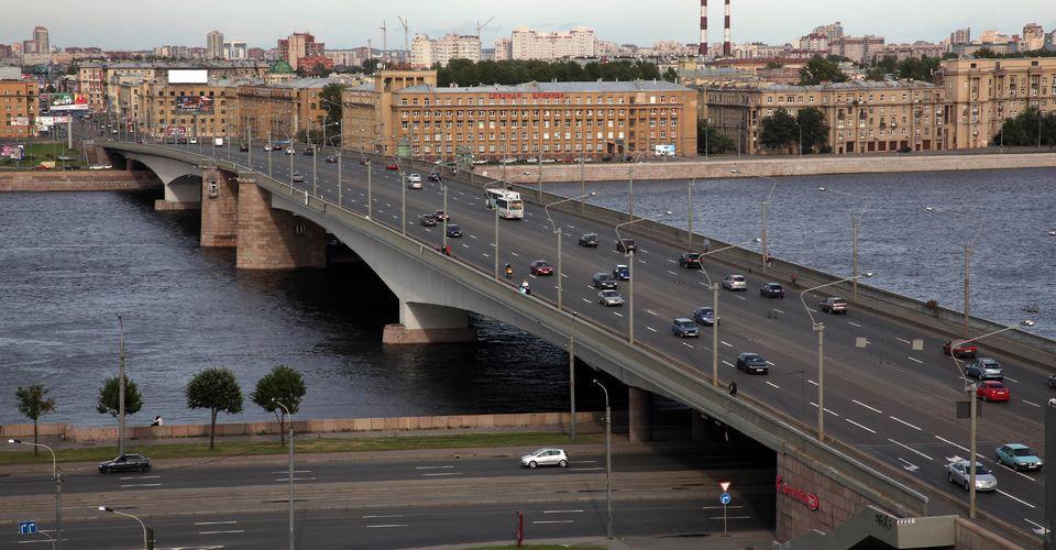 фотография моста Александра Невского