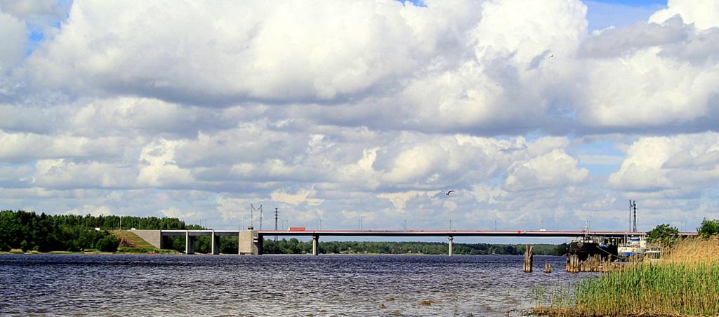 Ладожский мост вид сбоку фотография