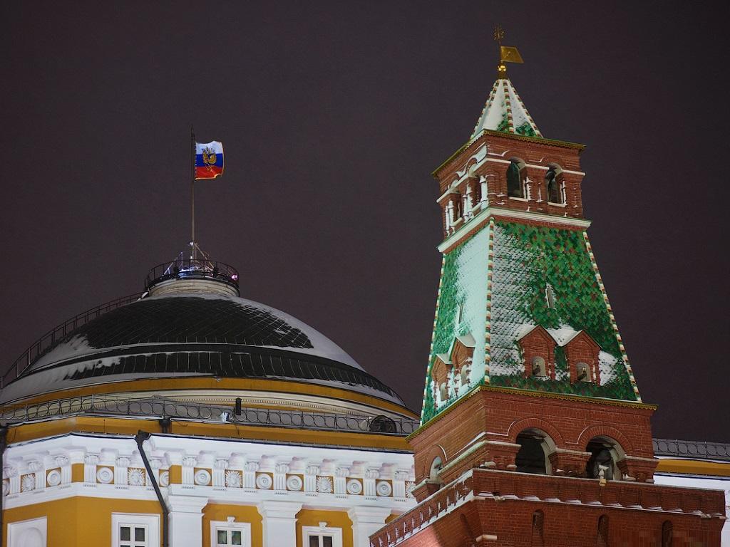 Сенатская башня и Кремль фотография