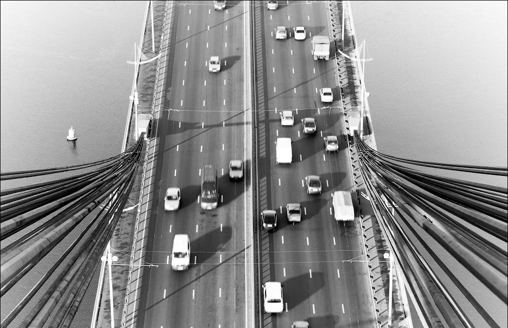 фото пилона Московского моста в Киеве