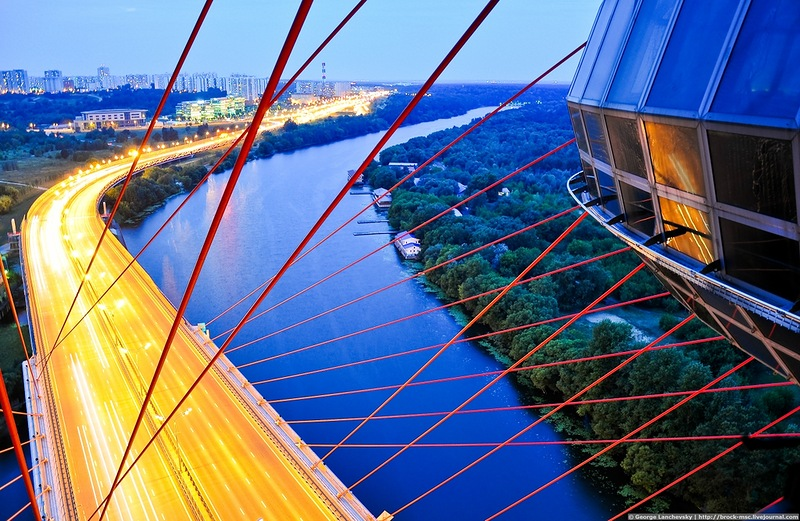 вид со смотровой площадки Живописного моста фото