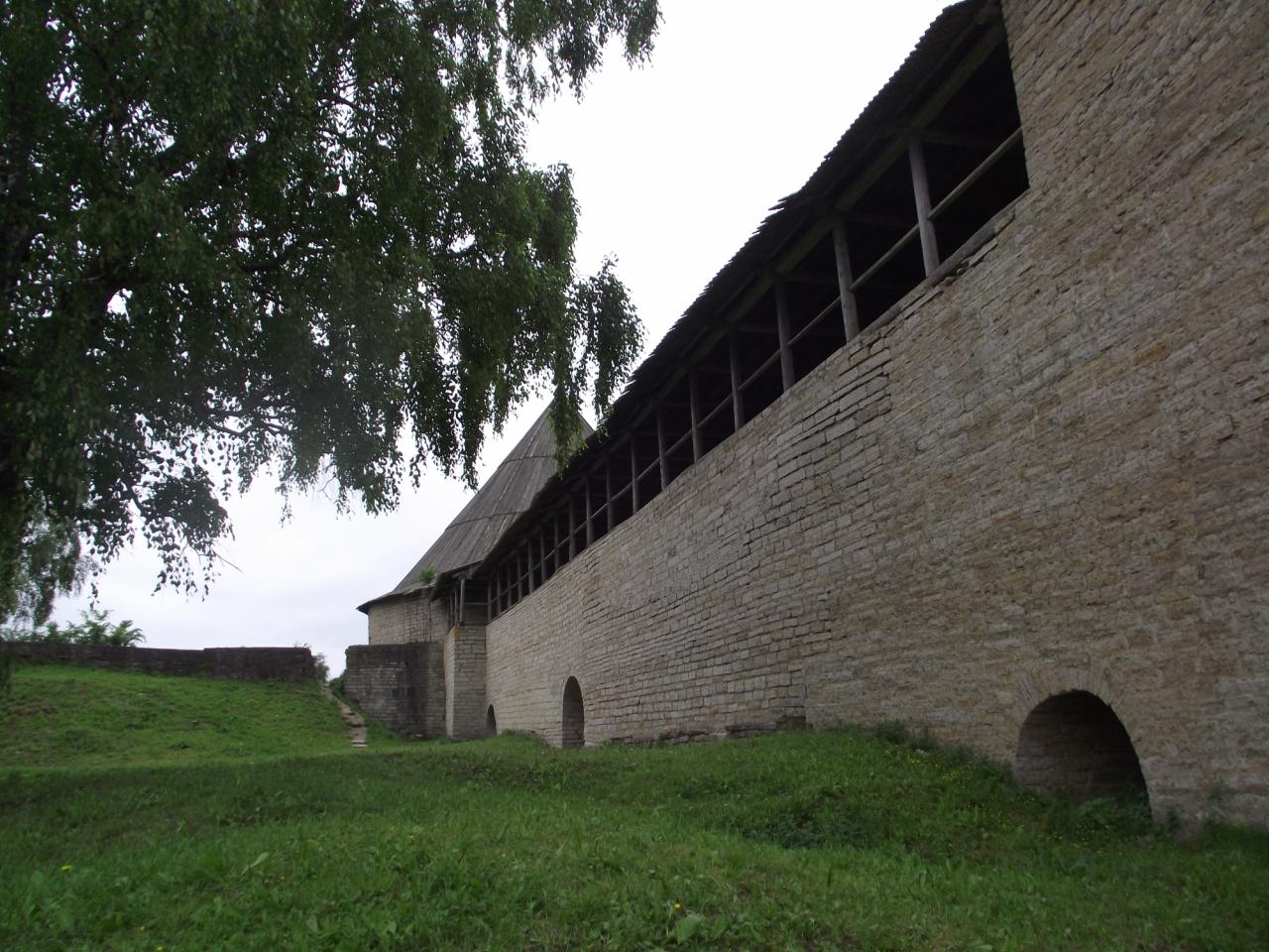 фото стены Староладожской крепости