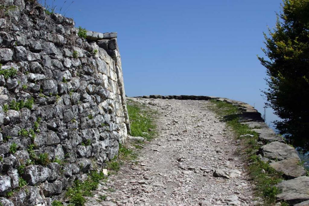 фото дороги к Анакопийской крепости