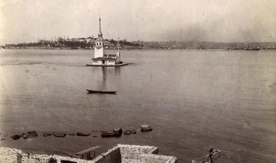 Одно из первых фото