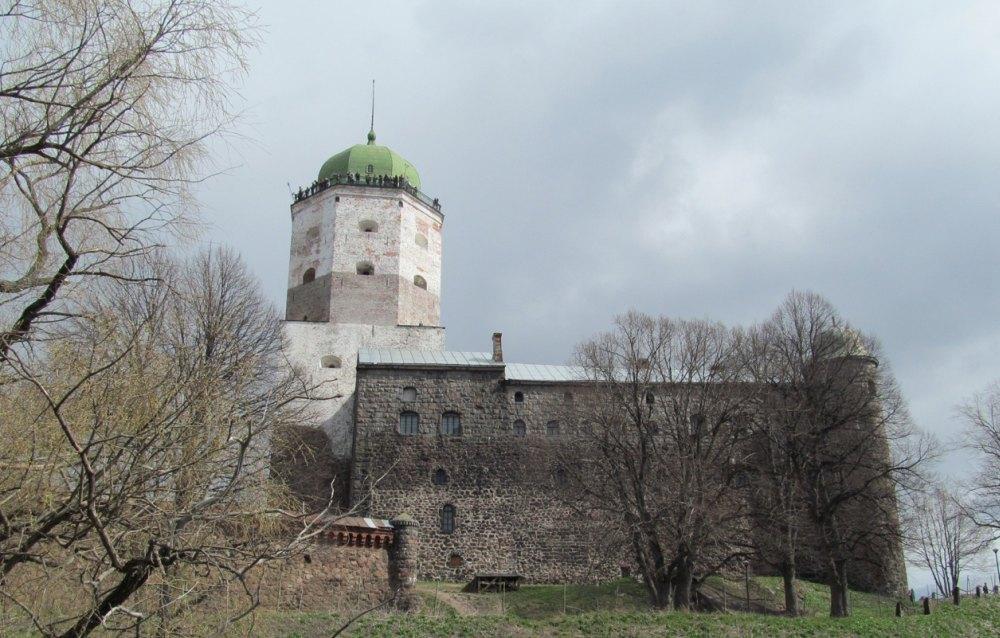 Шпиль на башне
