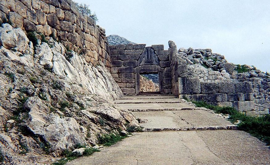 Вид на микенские ворота