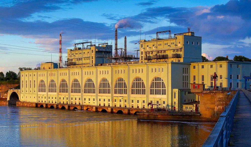 Волховская ГЭС – замок на воде