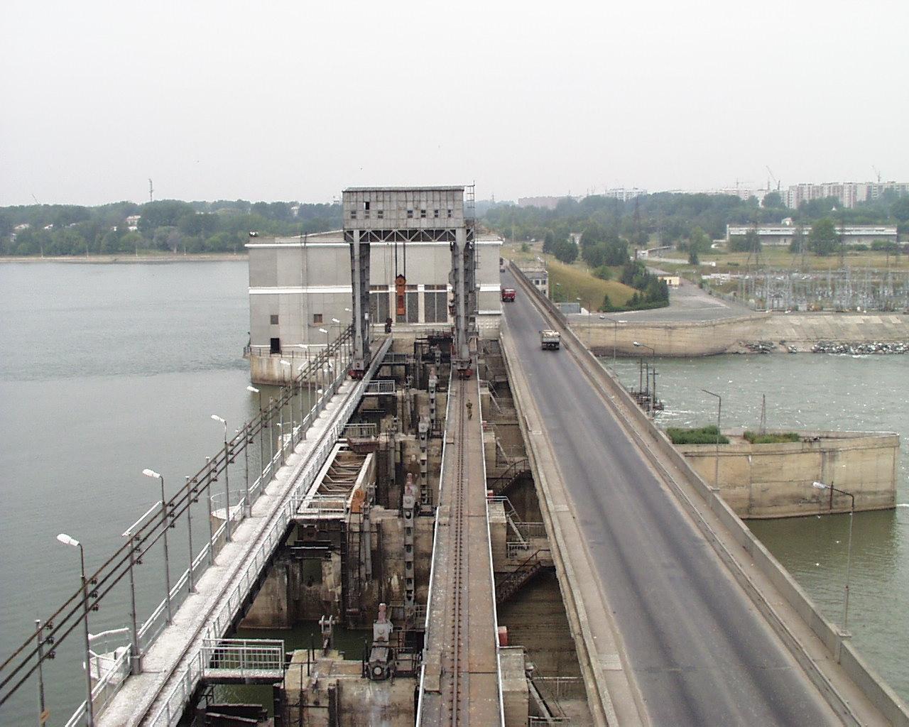 Трасса через гидроэлектростанцию