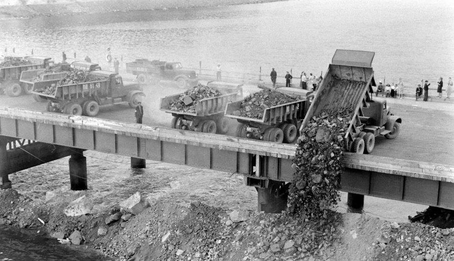 Архивное фото строительства Бртской ГЭС