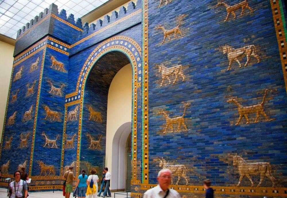 Копия ворот в Пергамском музее Берлина