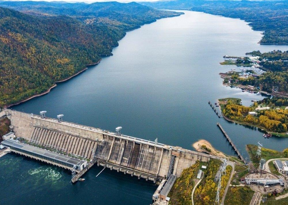 Вид на ГЭС сверху