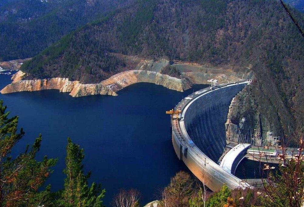 ГЭС в горах