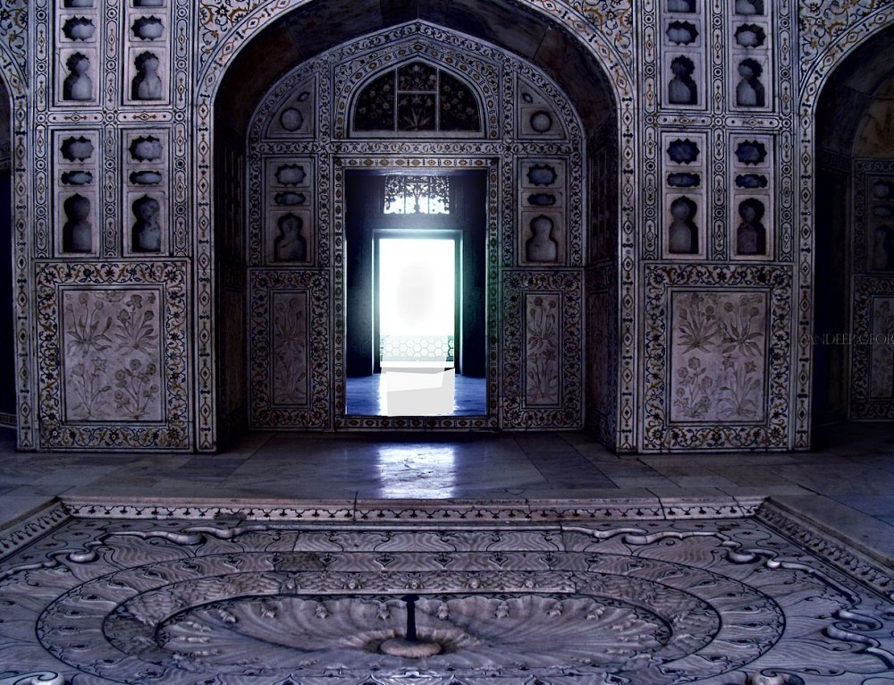 Тадж-Махал внутри