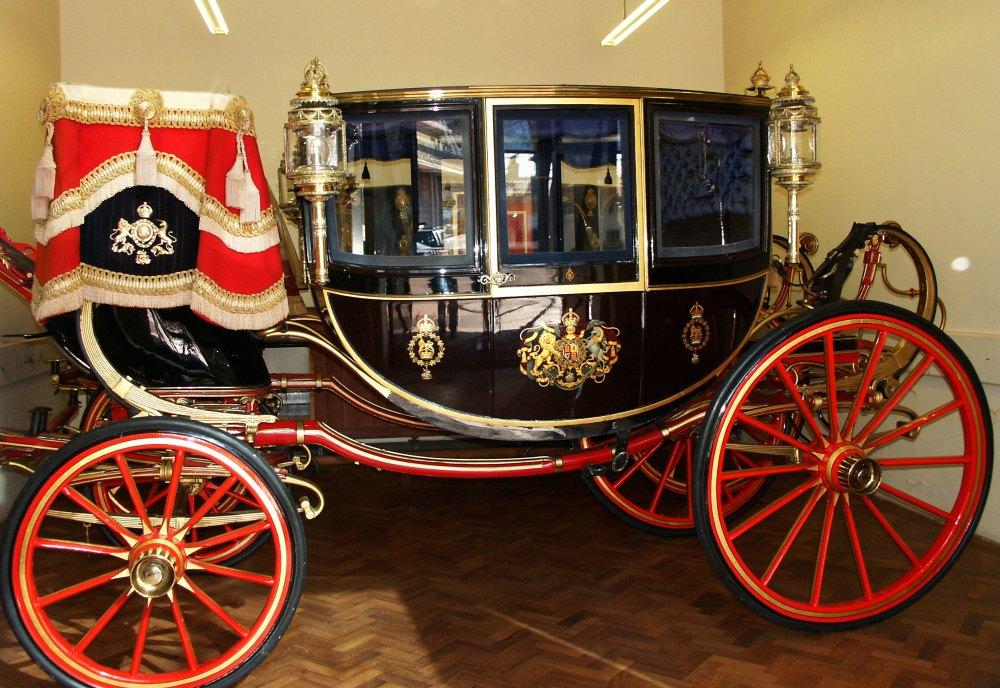 Дворцовая карета