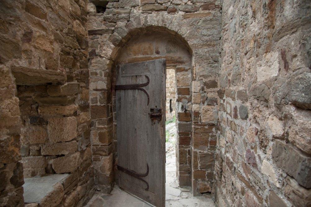 Замок внутри