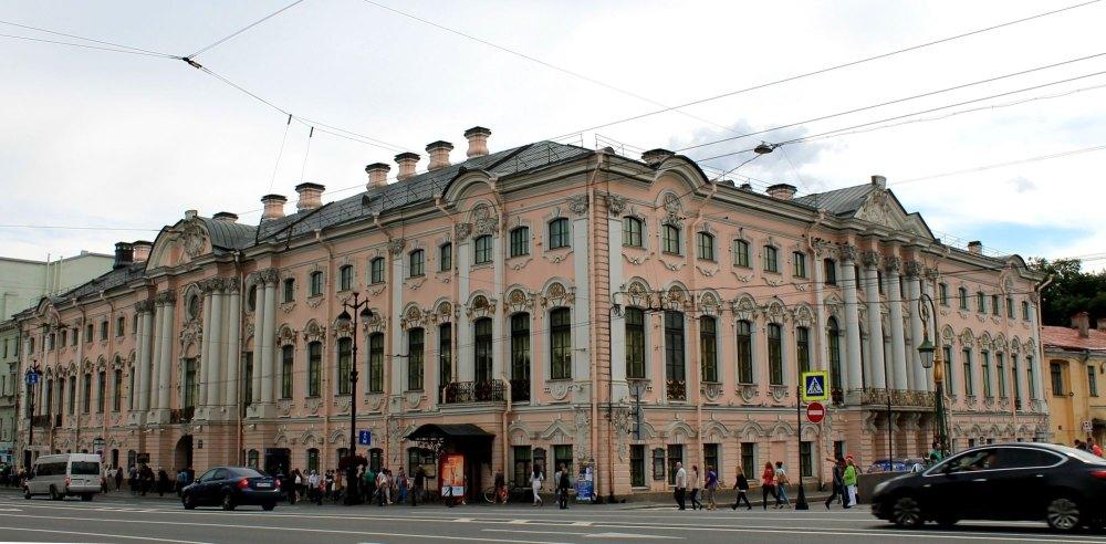 Роскошное здание