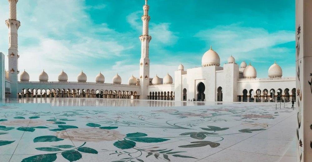 Белая мечеть в ОАЭ