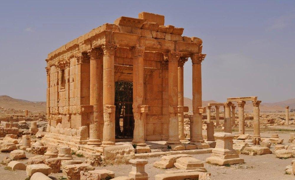 Храм древнего города
