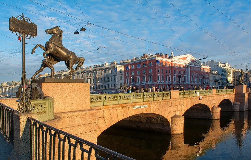 Аничков мост сегодня