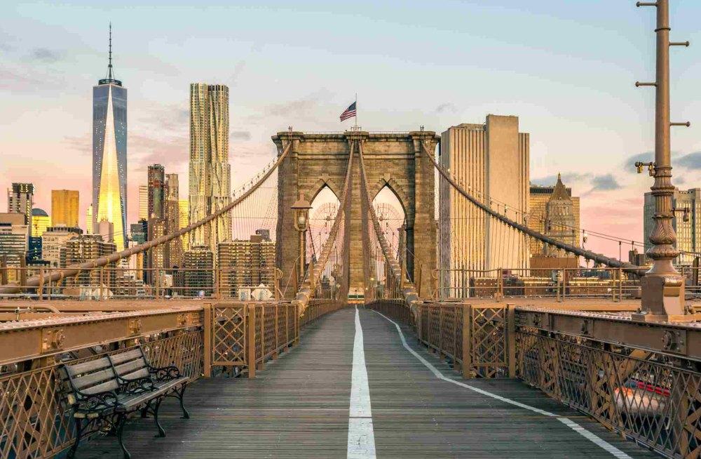 Мост открыт для туристов