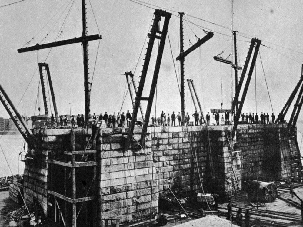 Возведение моста