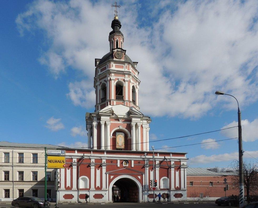Надвратная церковь Тихвинской иконы Богоматери