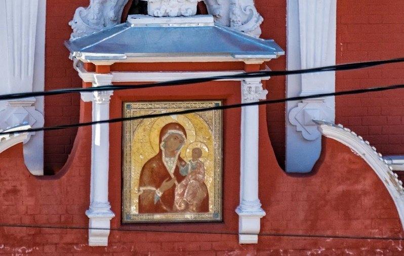 Икона на колокольне