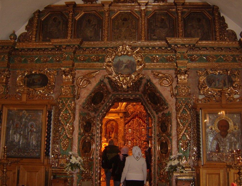 Внутри Храма Собора Пресвятой Богородицы
