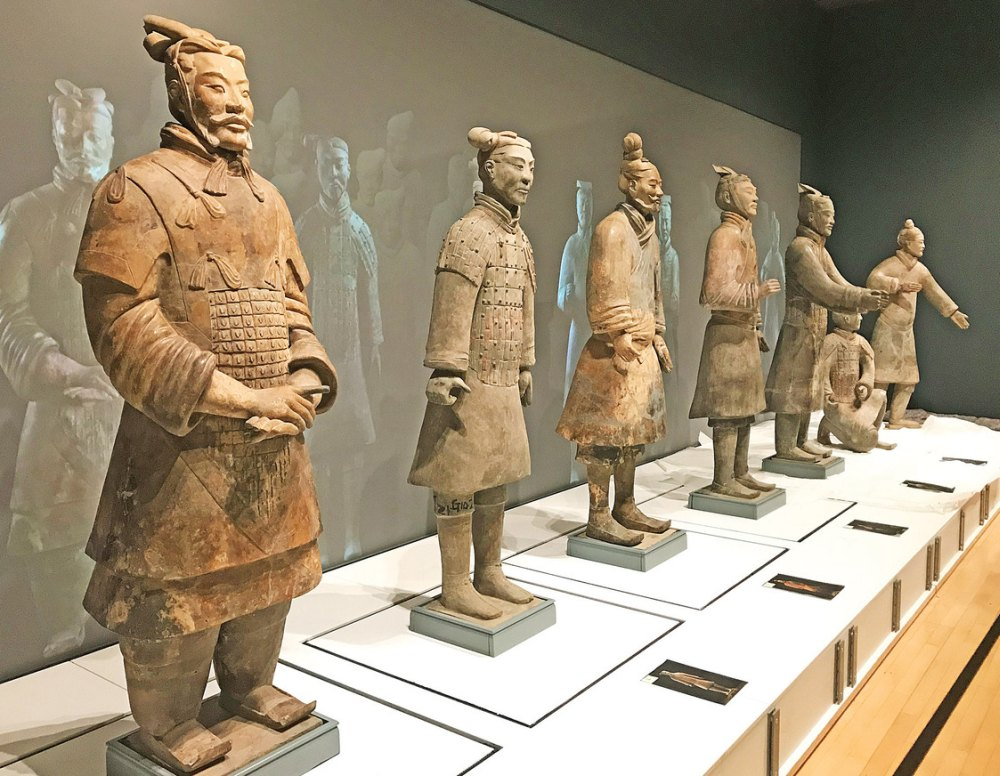 Воины императора в музее