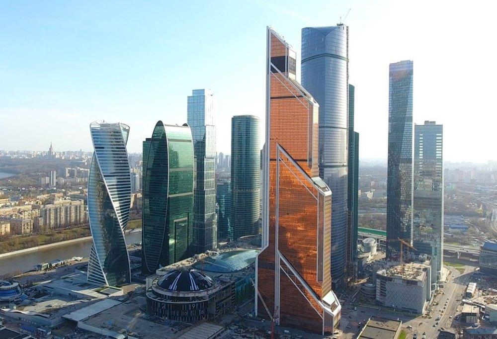 Золотая башня комплекса Москва-сити